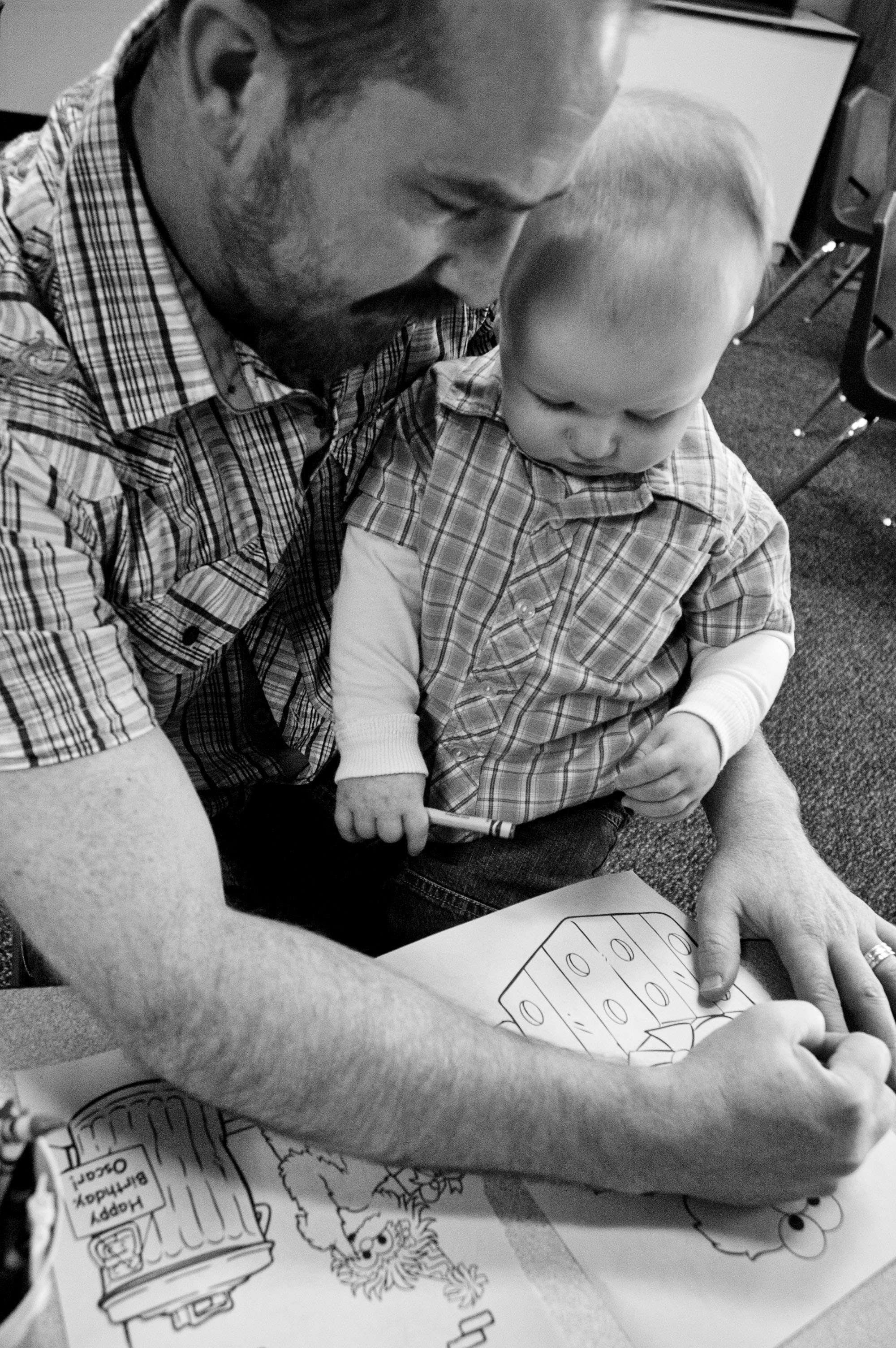 DSC_0068_Dad and Sam_Coloring.jpg