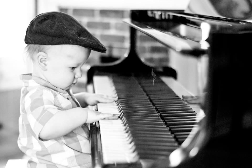 Sam Piano_1.jpg