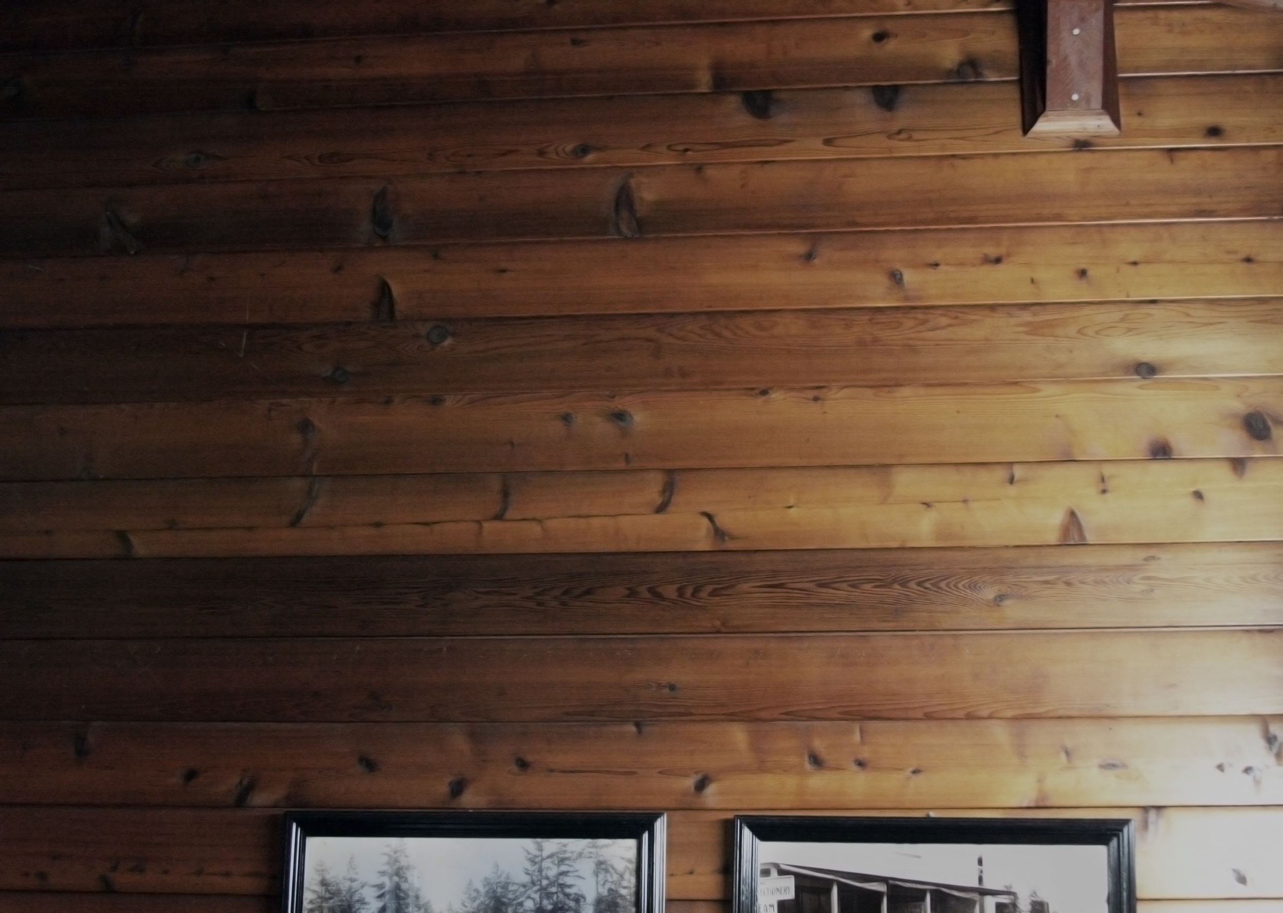 restaurant wall.jpg