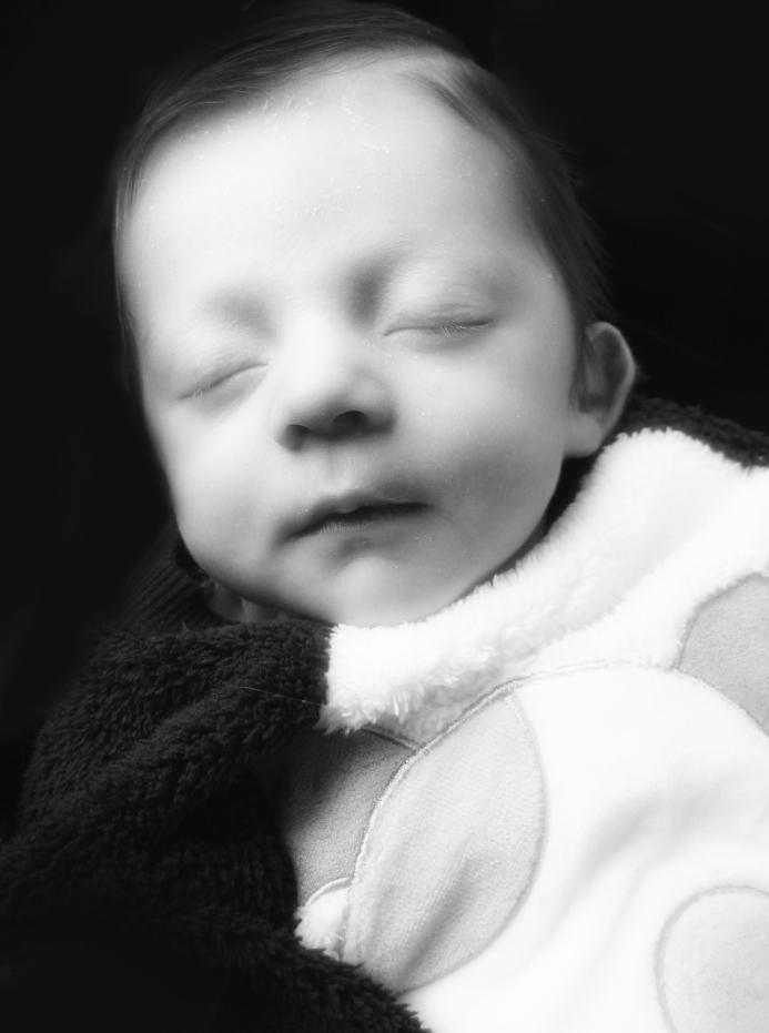 Owen One Month 014c.jpg