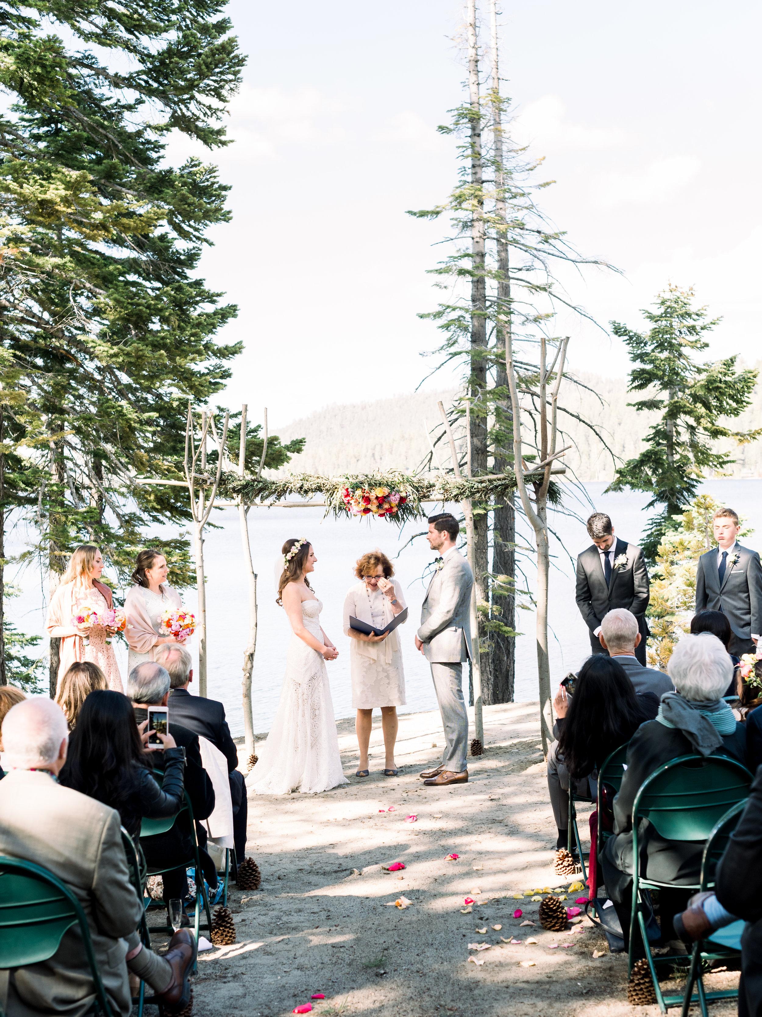 wedding-ceremony-at-the-lake.jpg