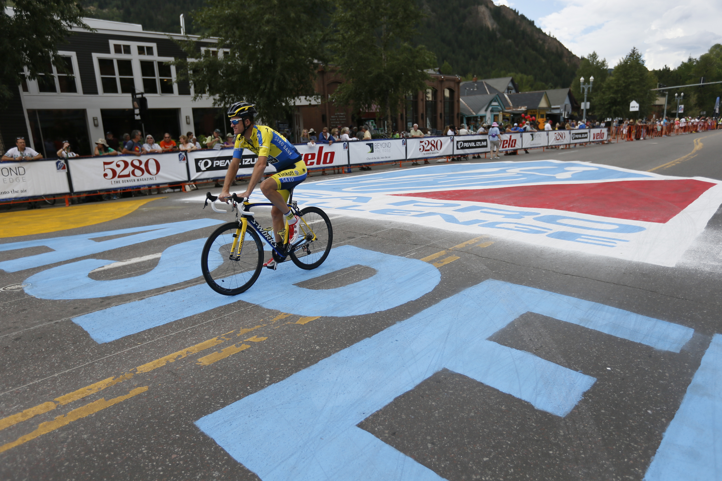 Recent Tour de France stage winner, Mick Rogers graced the streets of Aspen.