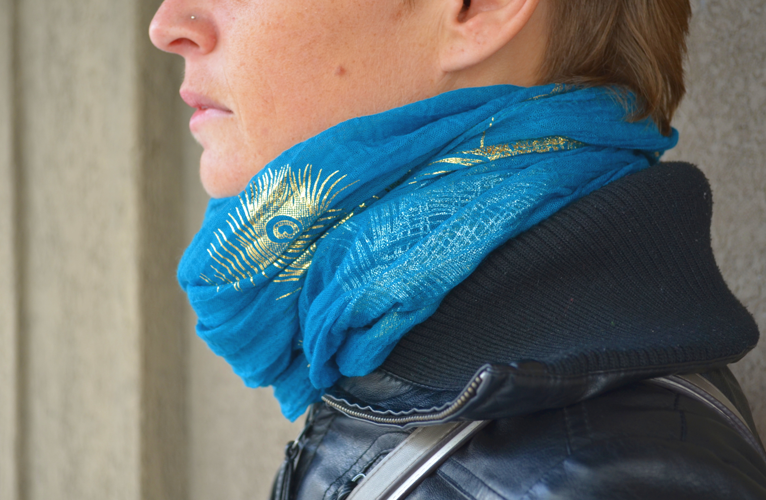 shimmer feather scarf