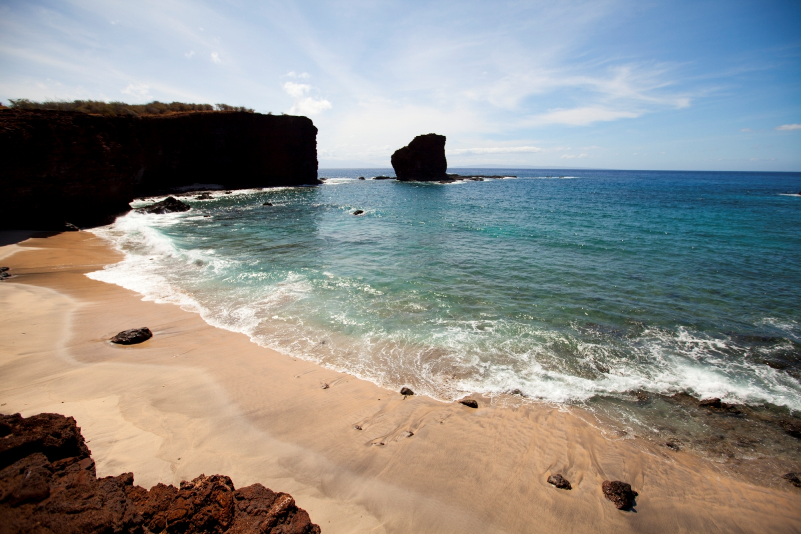 Hawaii Tourism Authority ( HTA ) / Dana Edmunds