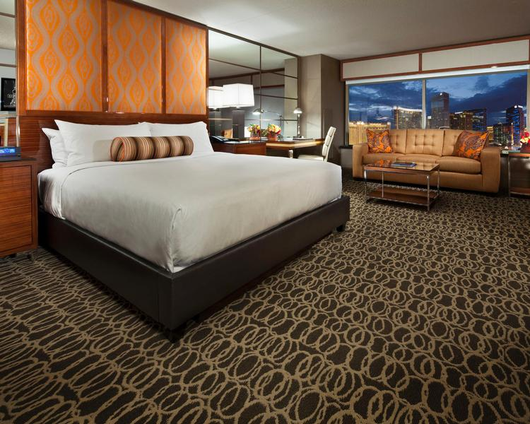 MGM Grand - Grand King Bedroom