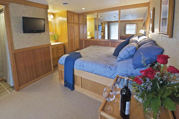 Hawaii Cruise - UN Safari Explore CaptainStateroom.jpg