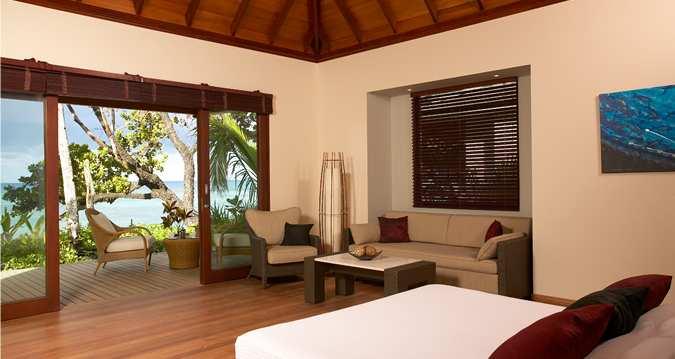 Hilton Labriz - Beach Villa