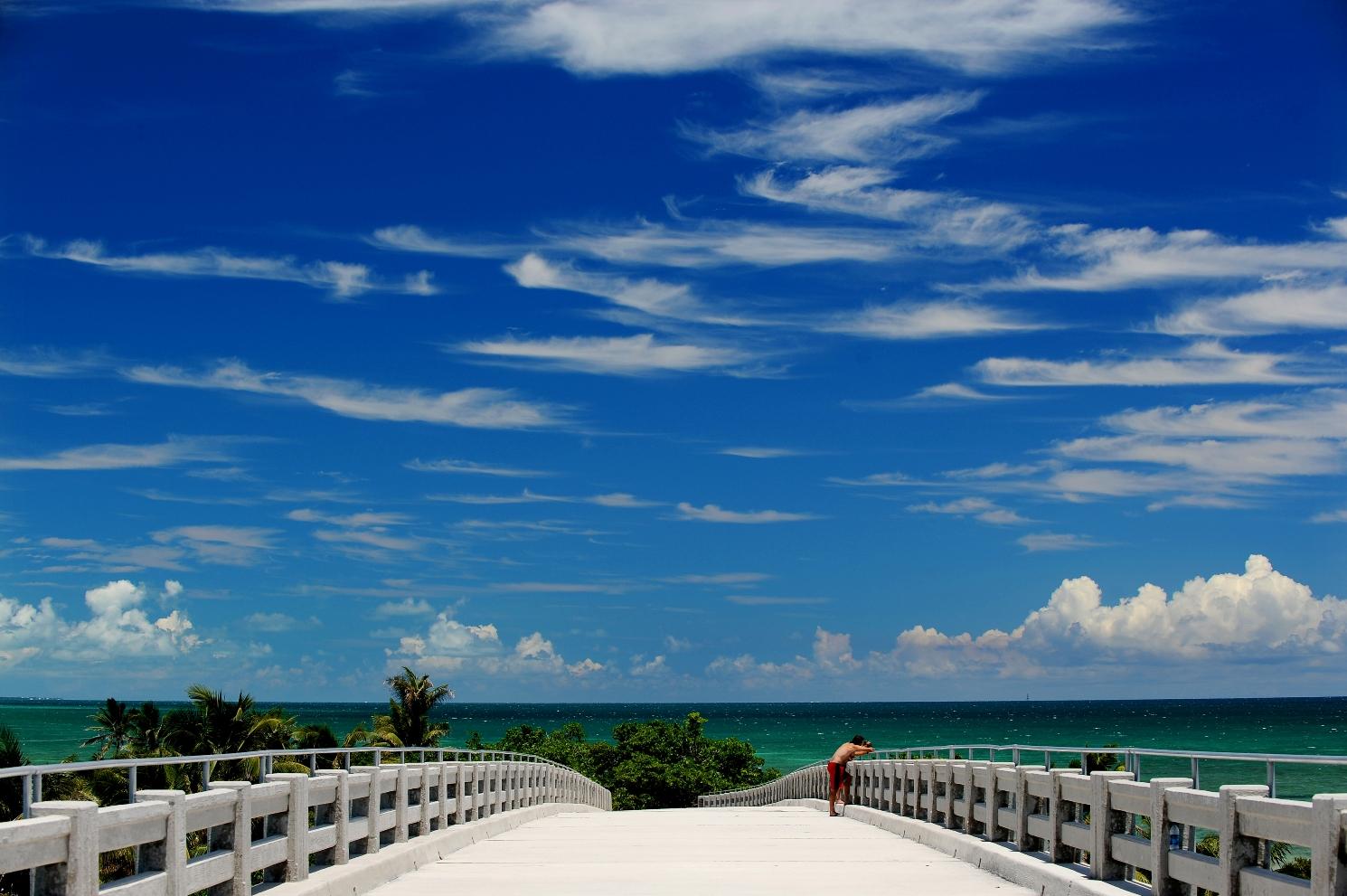 Florida-Keys-BahiaHondaBridge.jpg
