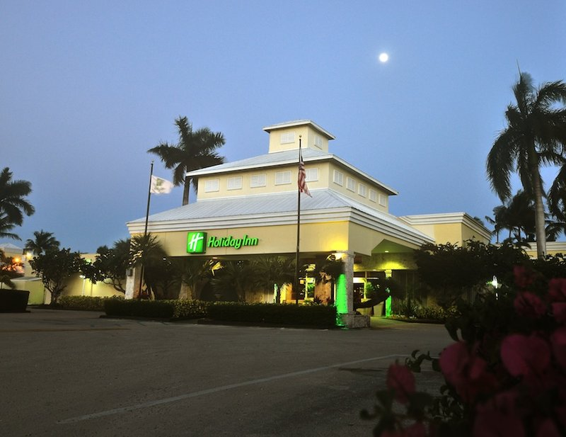 Holiday Inn 1.jpg