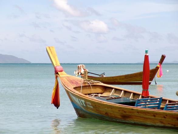 Phuket - boats-1550051.jpg