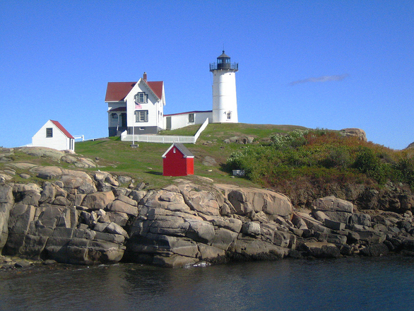 nubble-lighthouse-maine-1560521.jpg