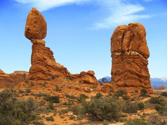 balanced-rock-1391619.jpg