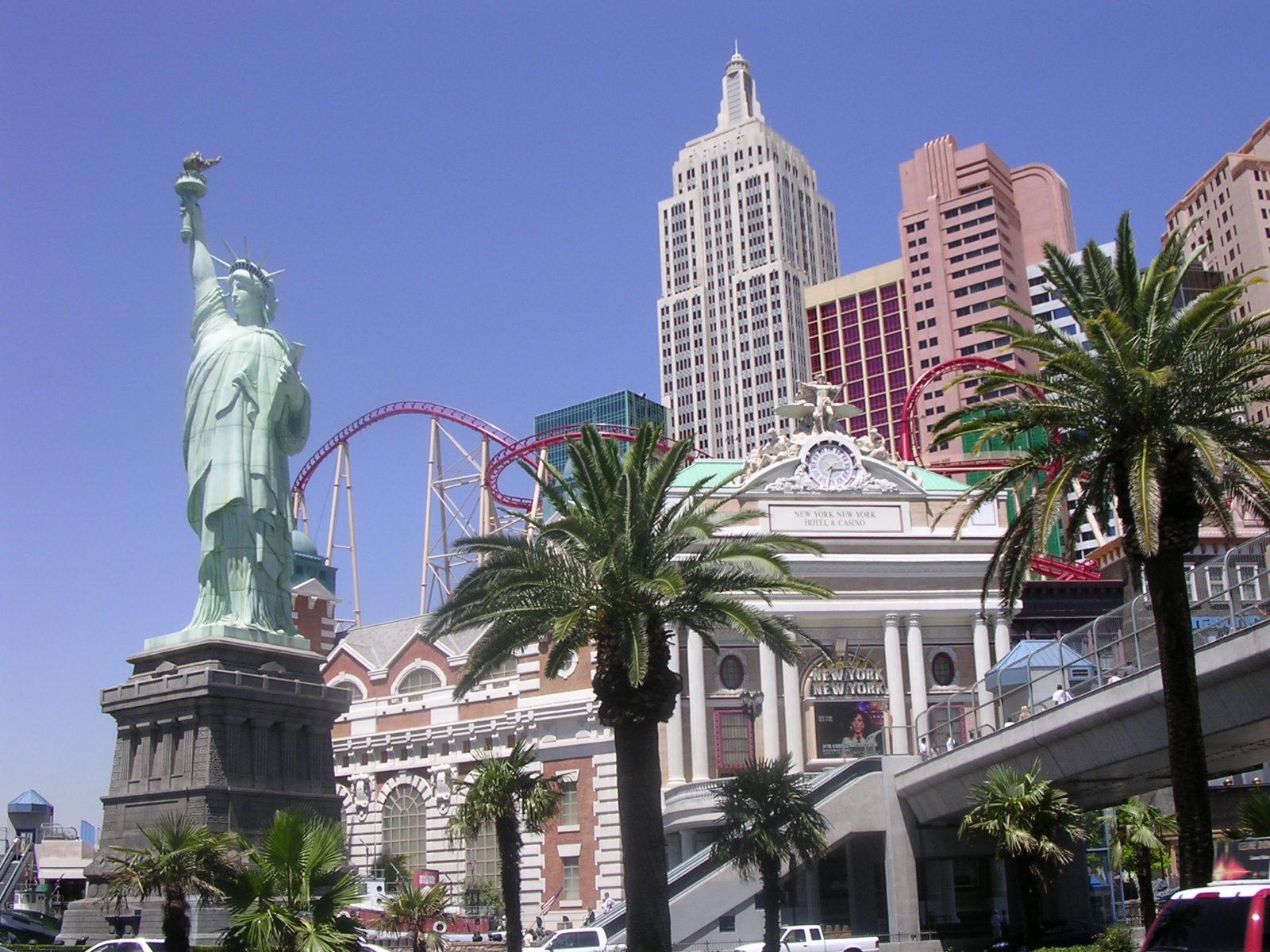 113052_2543 Las Vegas.jpg