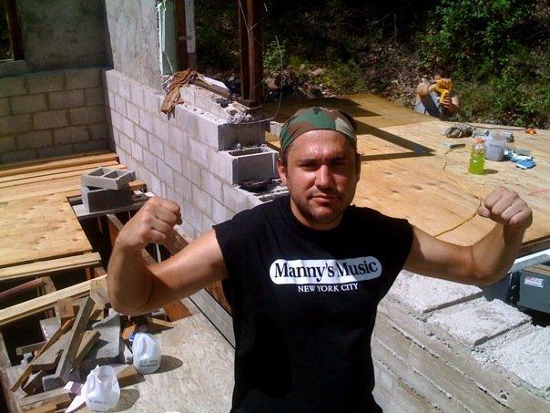 Jay Leibowitz rocks Underhill.