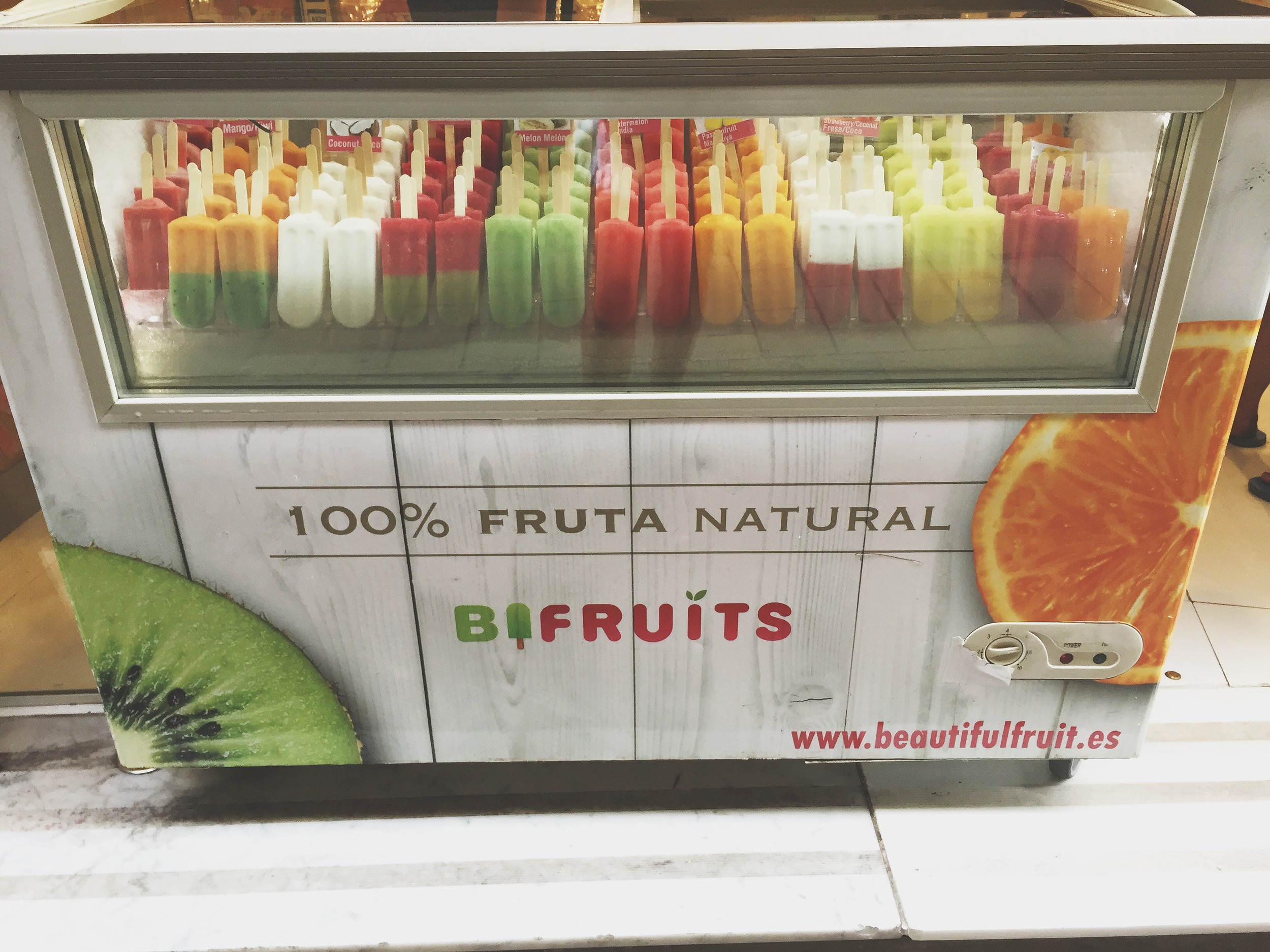We of course first tried out some fruit ice lollies! 100% awesome