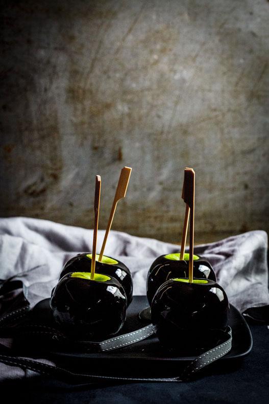 Toffee-Apples-2.jpg