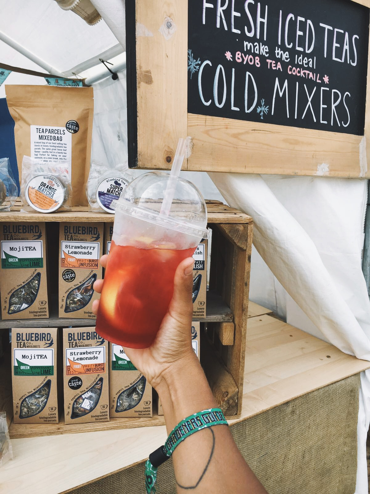 Shout out to these amazing iced teas from  BLUEBIRD !