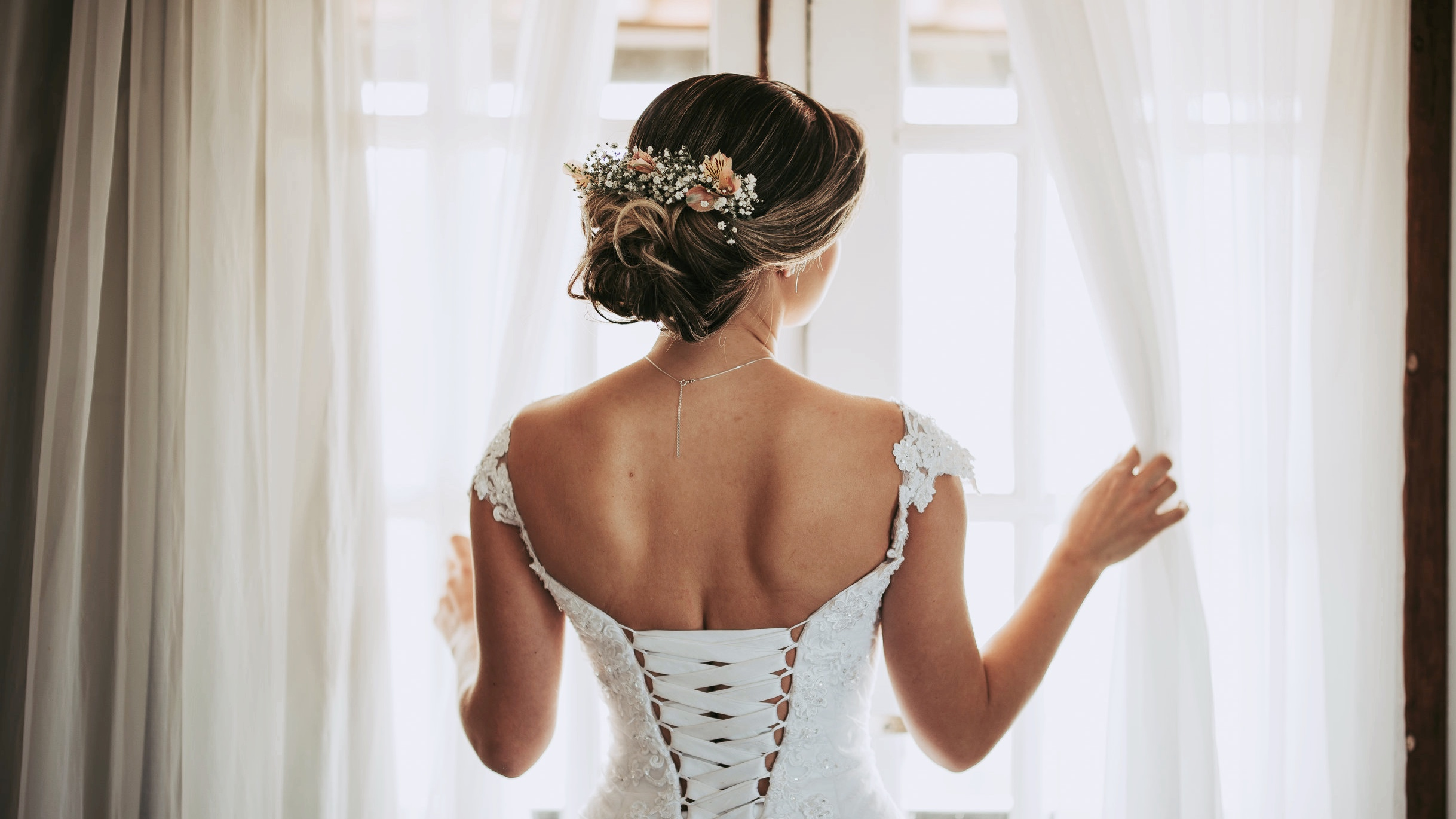 Weddings & Events - All bridal parties require a credit card on file to hold a date. 48 hour cancellation notice is required to avoid a no-show charge of $50 per person.