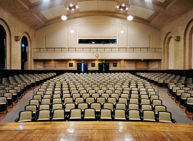 Theater-0010.jpg