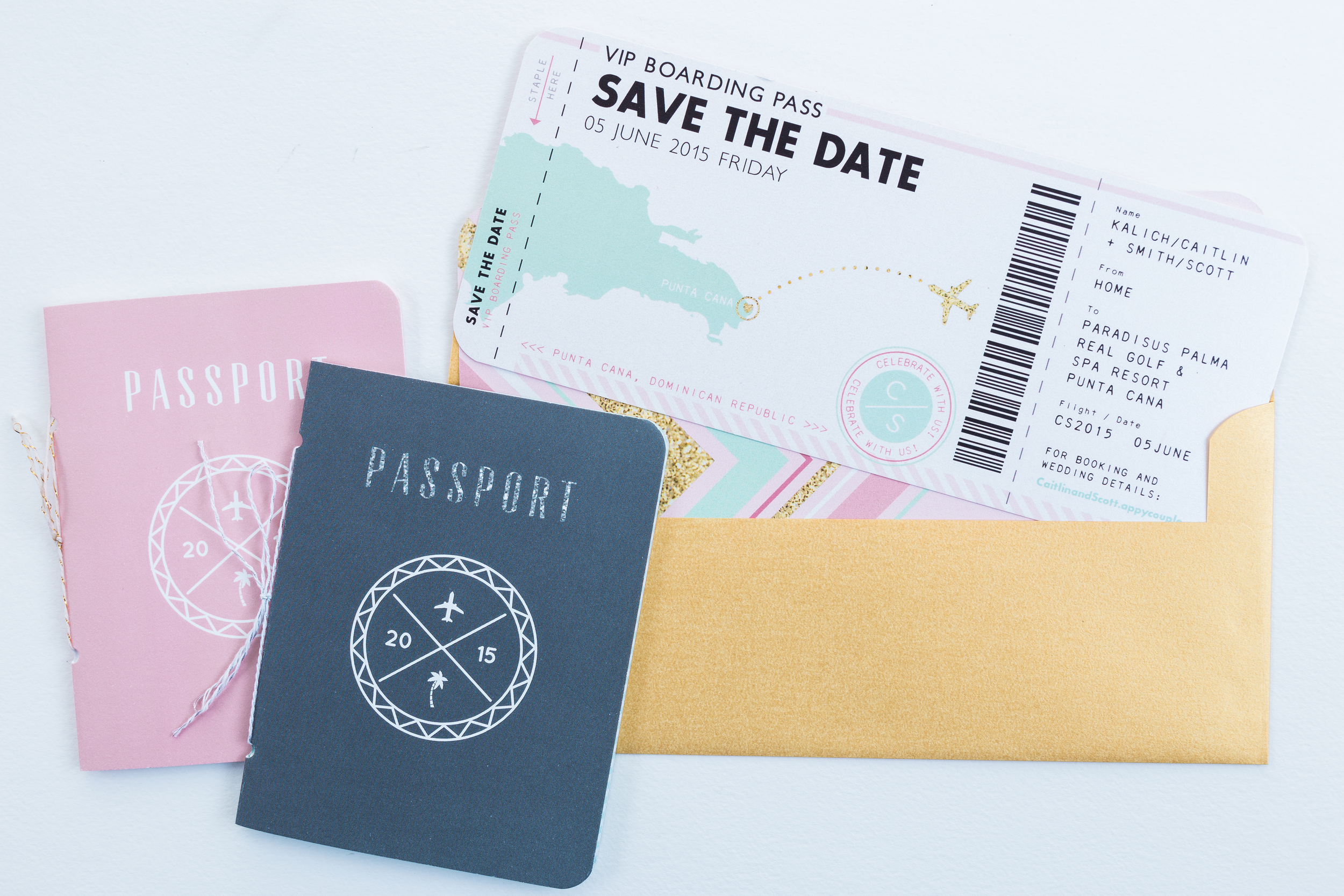 passport-destination-wedding-invitation