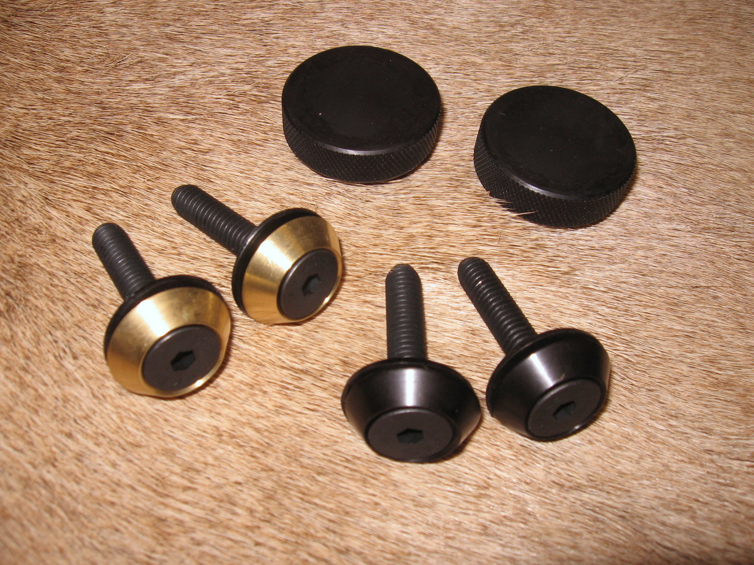 Standard Knob Attachments  Black Knurled Knob or Allen bezels available in black or brass finish