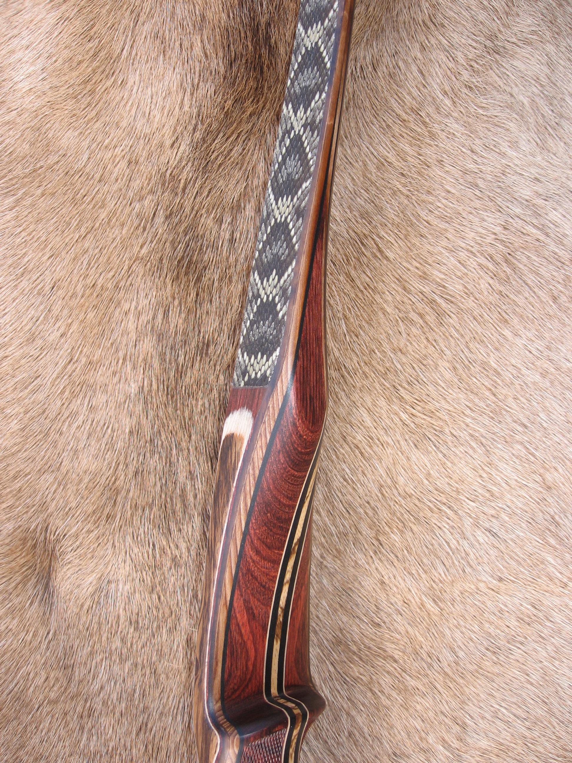 Rosewood Dym. Riser- Diamondback skins