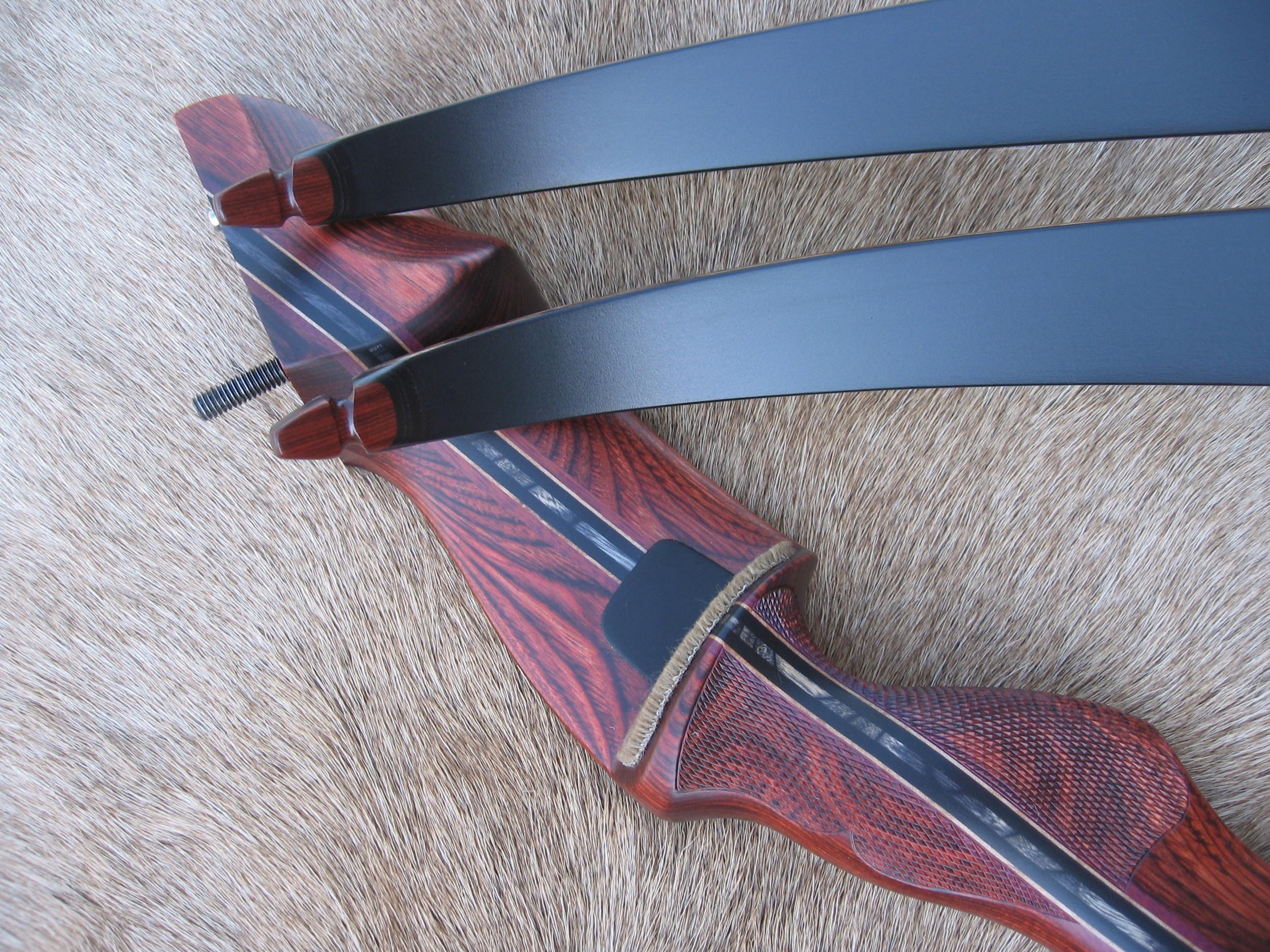 Rosewood Dym Riser- Black Glass Limbs