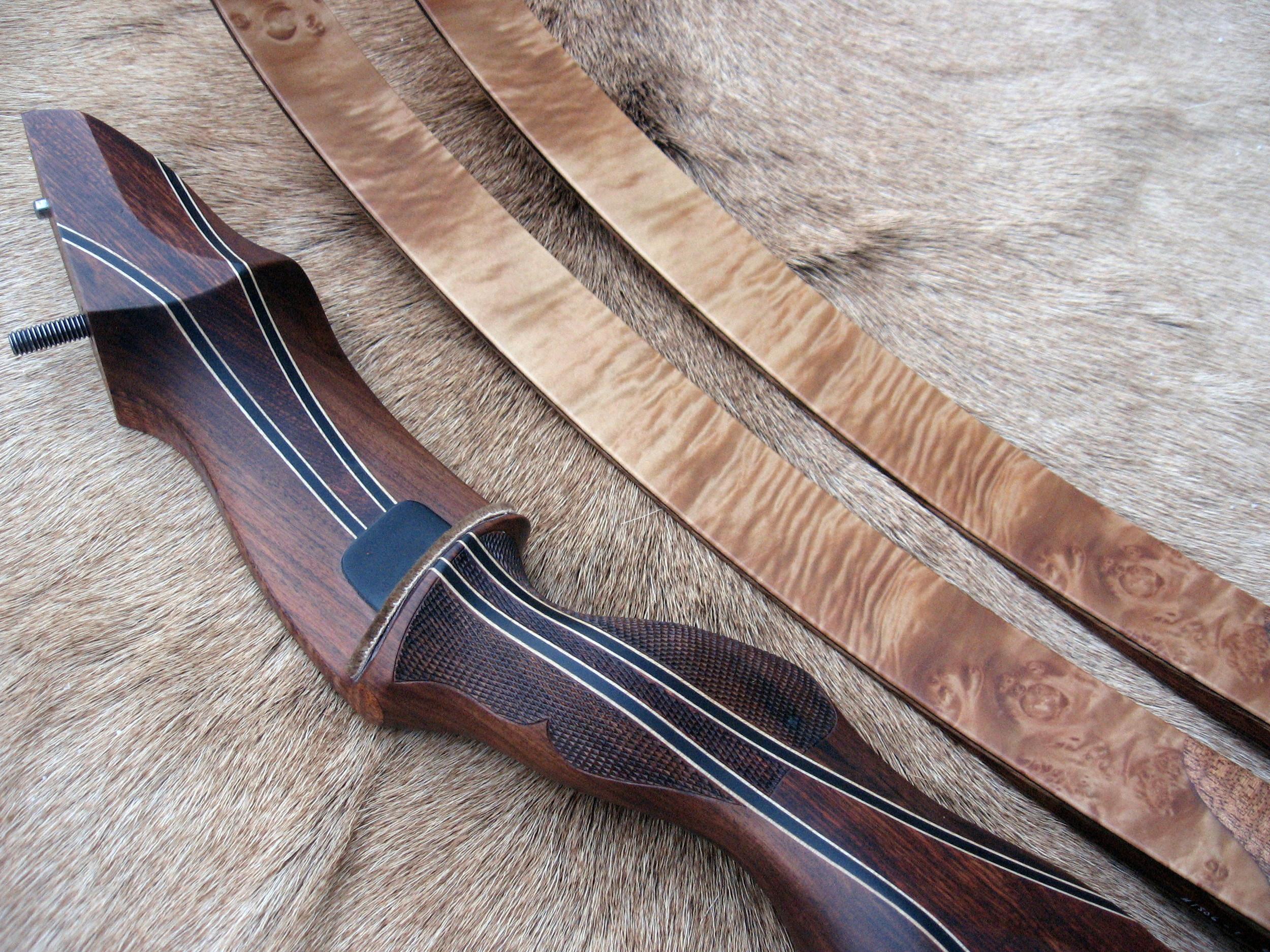 Santos Rosewood Riser- Anglestep Maple Limbs