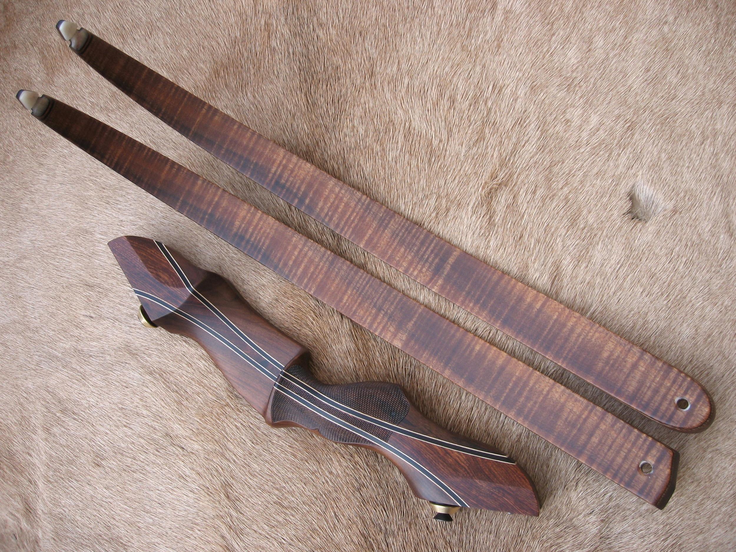 Santos Rosewood Riser w/ Chechen Flare- Curly Koa Limbs