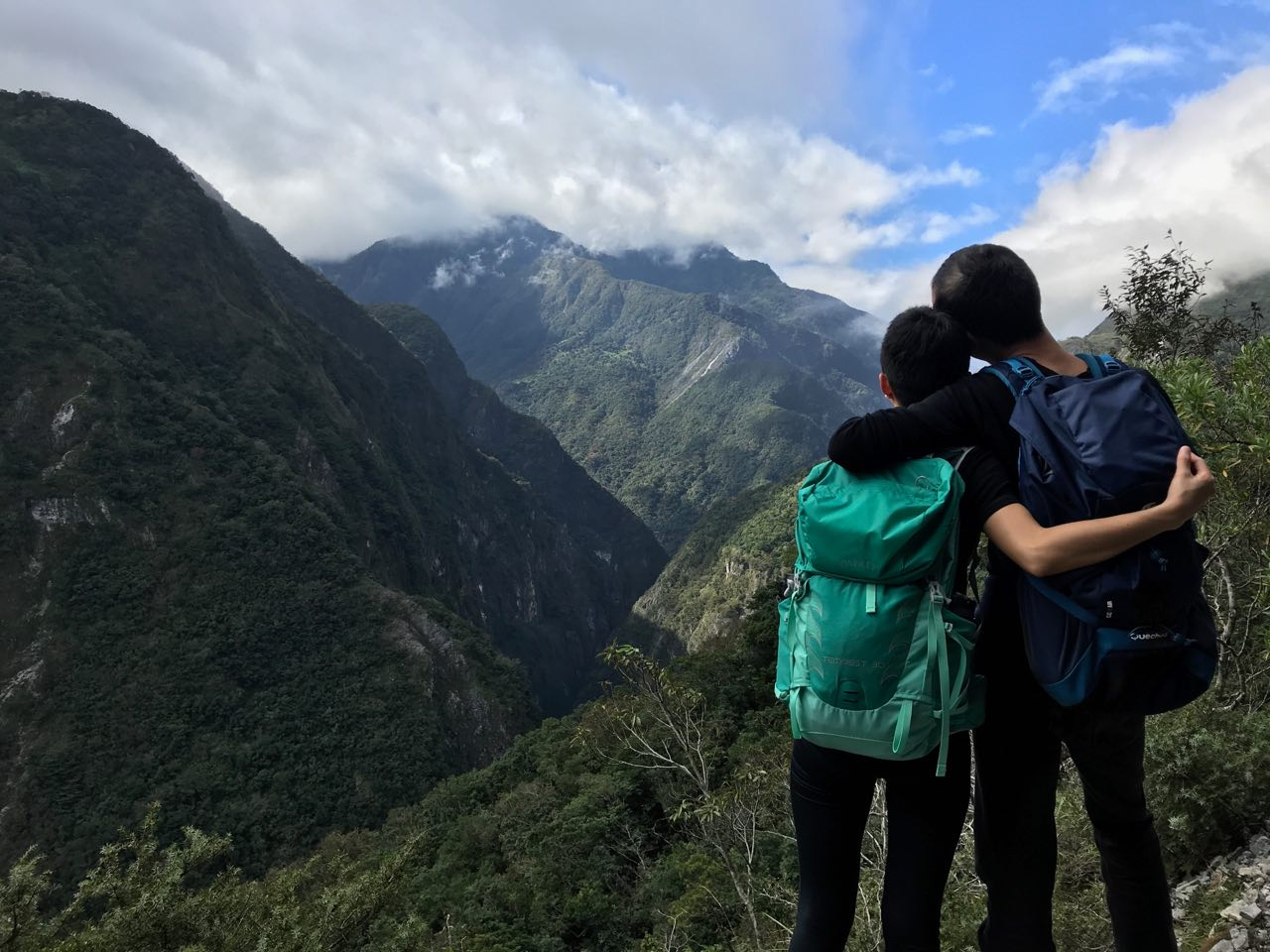 last hikes of 2018 / the breathtaking landscape at the Zhuilu Old Trail in Hualien, Taiwan