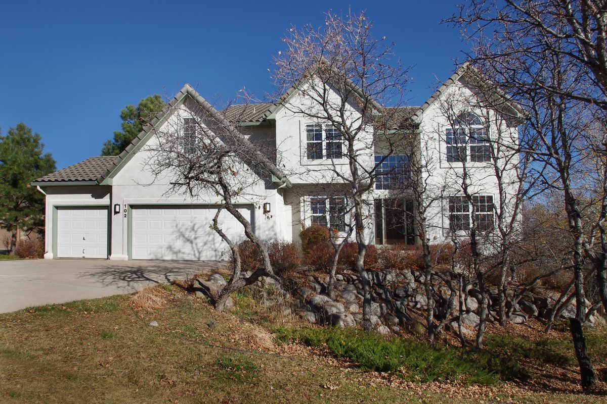 sold // $515,000  Ellsworth STreet  The Spires Broadmoor