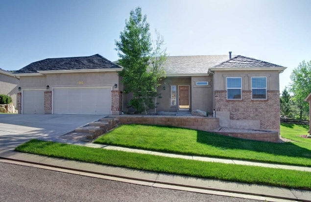 sold // $403,500  rockbridge circle  Middle Creek Manor