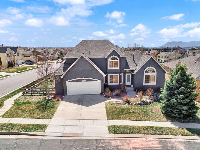 1147 Meadow Oaks Dr Colorado-small-005-4-Aerial-666x500-72dpi.jpg