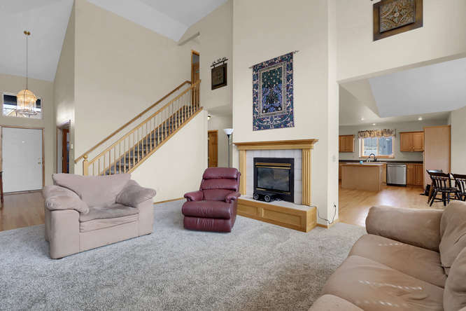 1147 Meadow Oaks Dr Colorado-small-015-25-Living Room-666x445-72dpi.jpg