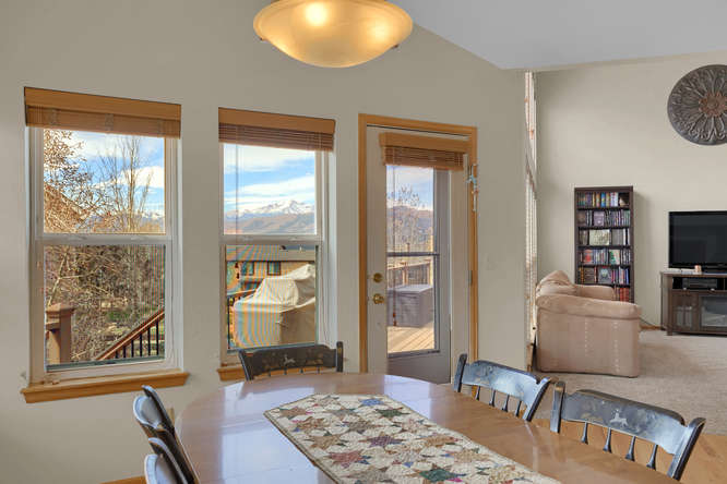 1147 Meadow Oaks Dr Colorado-small-026-37-Dining Room-666x445-72dpi.jpg