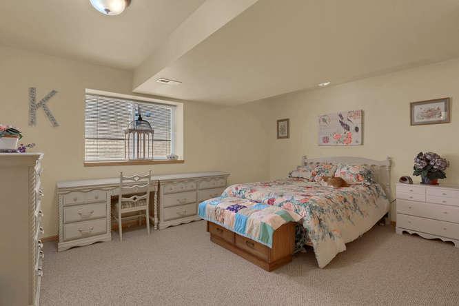 1147 Meadow Oaks Dr Colorado-small-037-29-Bedroom-666x445-72dpi.jpg