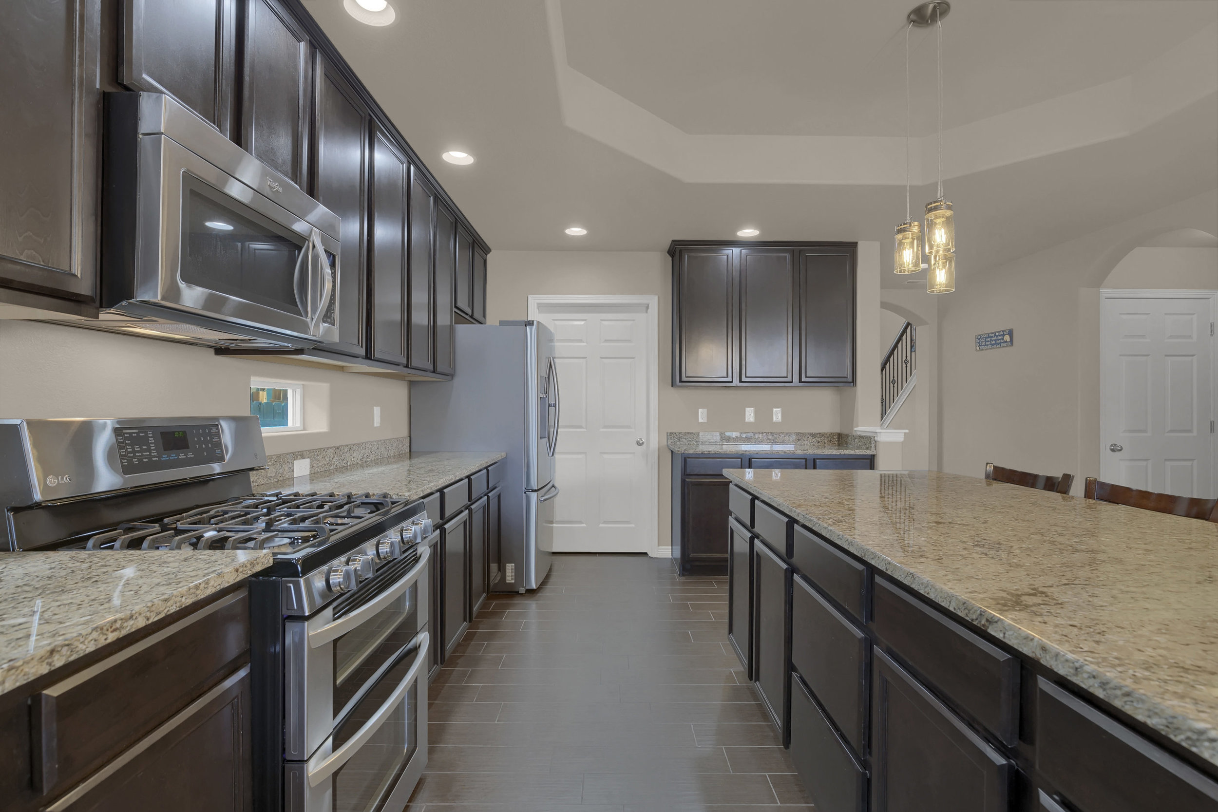 6722 Stingray Lane Colorado-print-009-9-Kitchen-2800x1867-300dpi.jpg