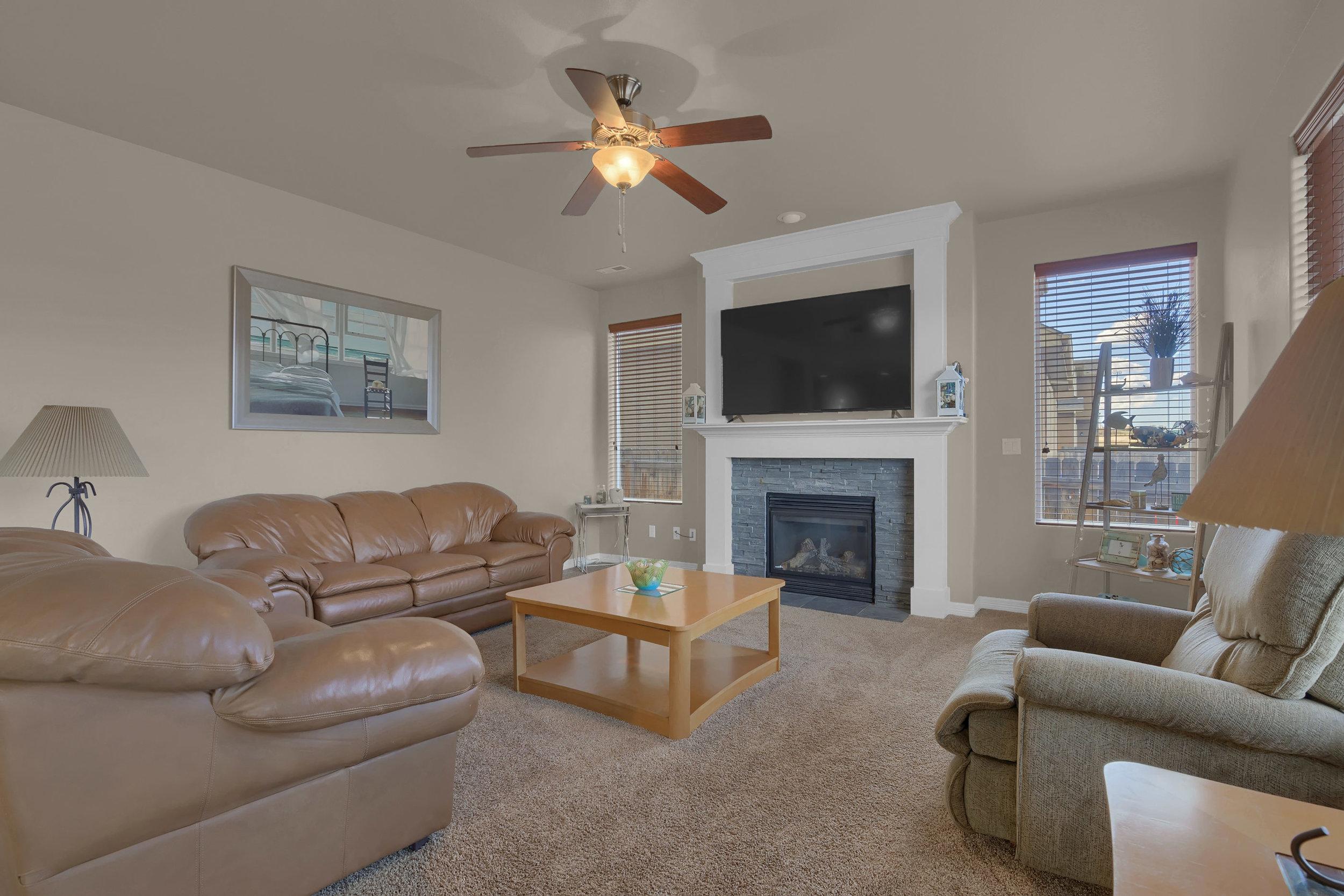 6722 Stingray Lane Colorado-print-017-15-Living Room-2800x1867-300dpi.jpg