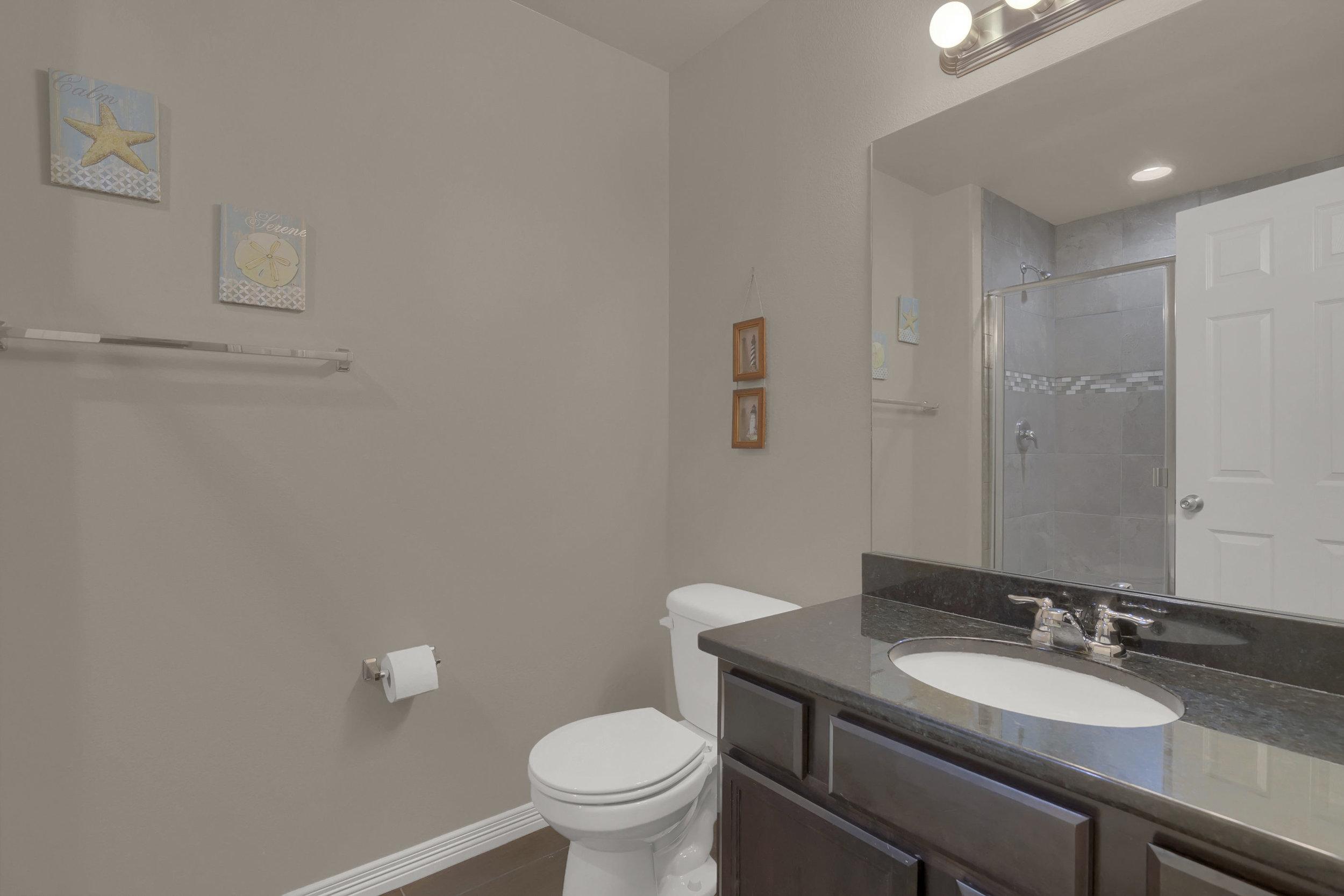 6722 Stingray Lane Colorado-print-020-17-Bathroom-2800x1867-300dpi.jpg