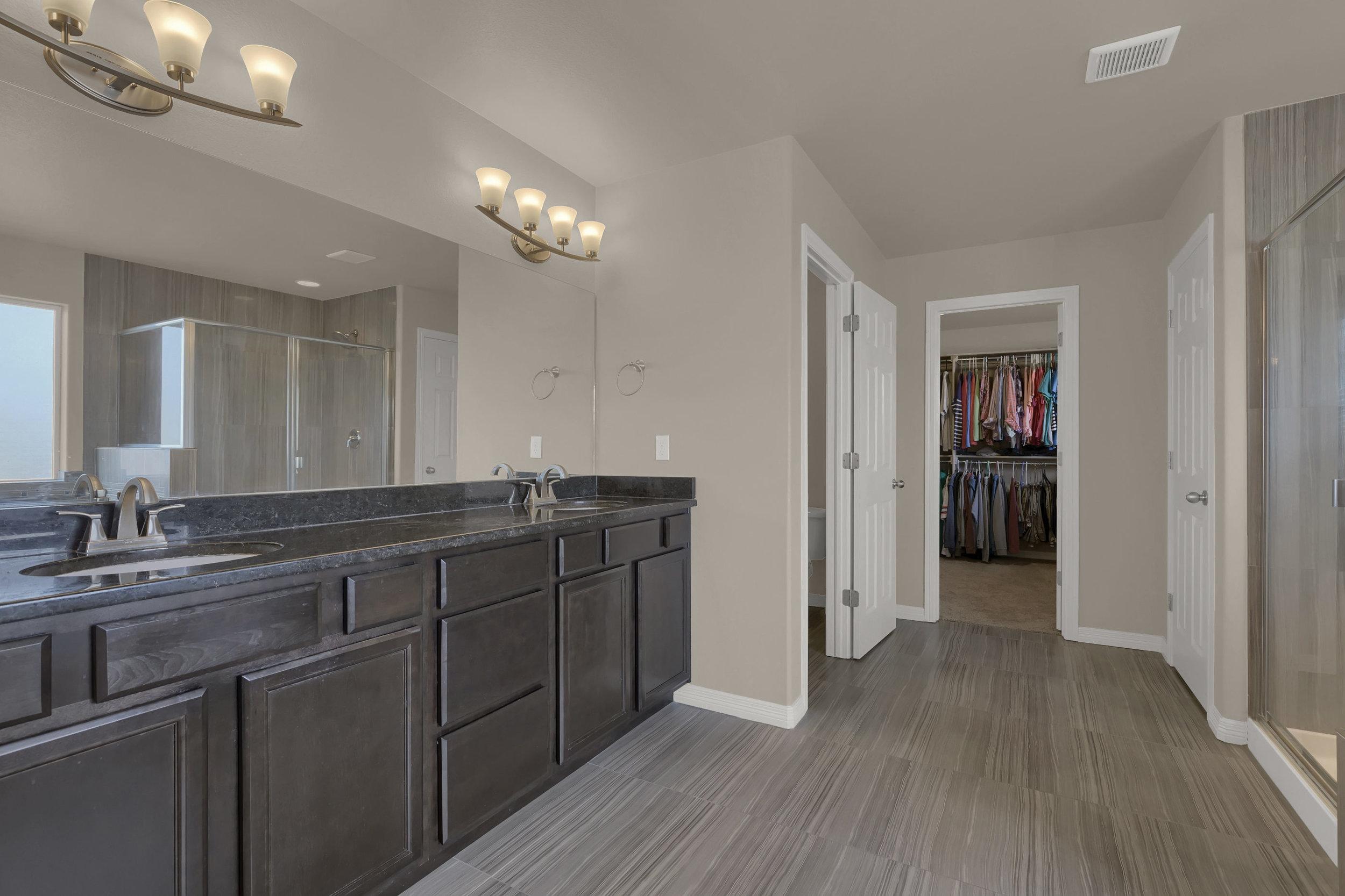 6722 Stingray Lane Colorado-print-027-25-Bathroom-2800x1867-300dpi.jpg