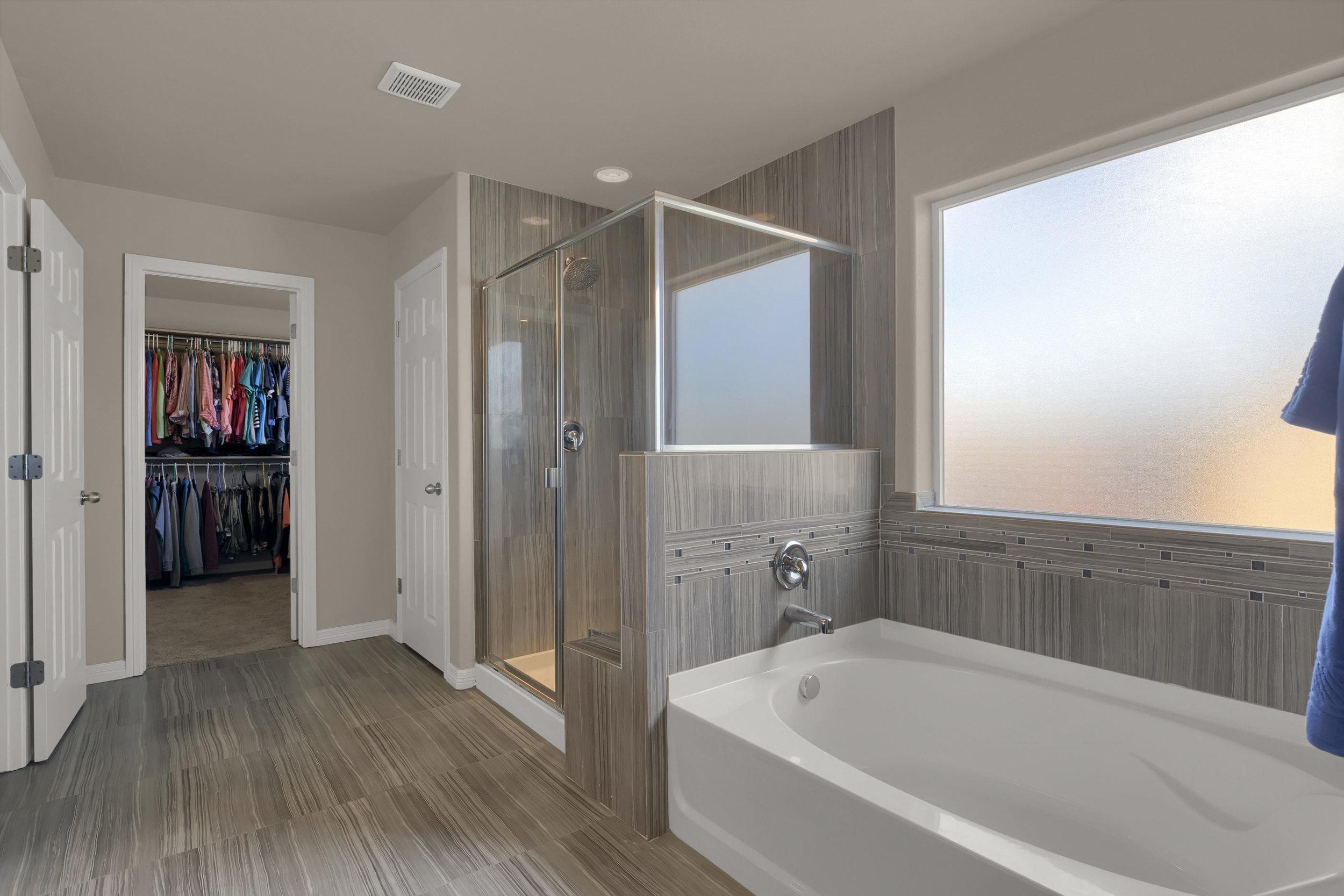 6722 Stingray Lane Colorado-print-028-26-Bathroom-2800x1867-300dpi.jpg