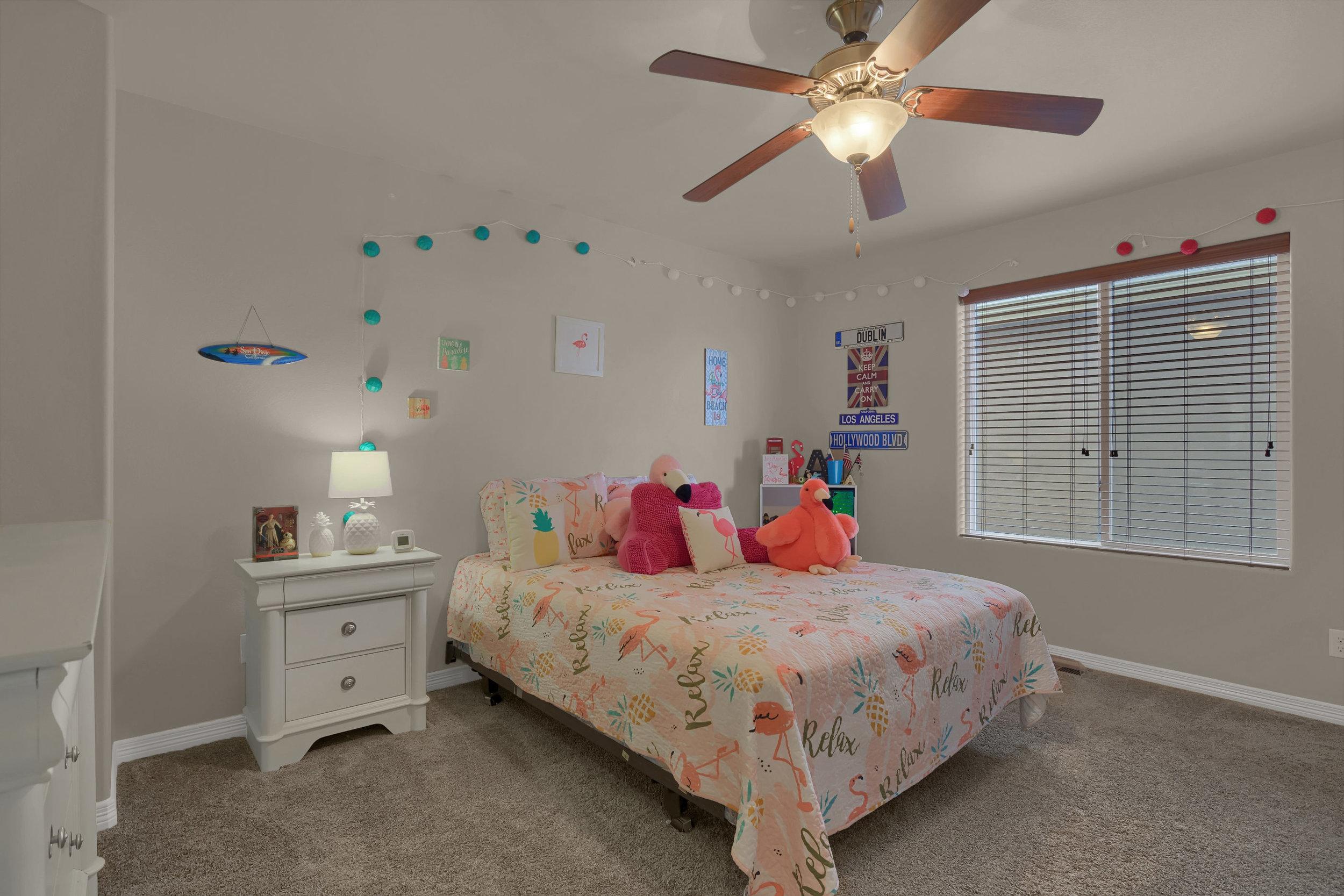 6722 Stingray Lane Colorado-print-035-32-Bedroom-2800x1867-300dpi.jpg