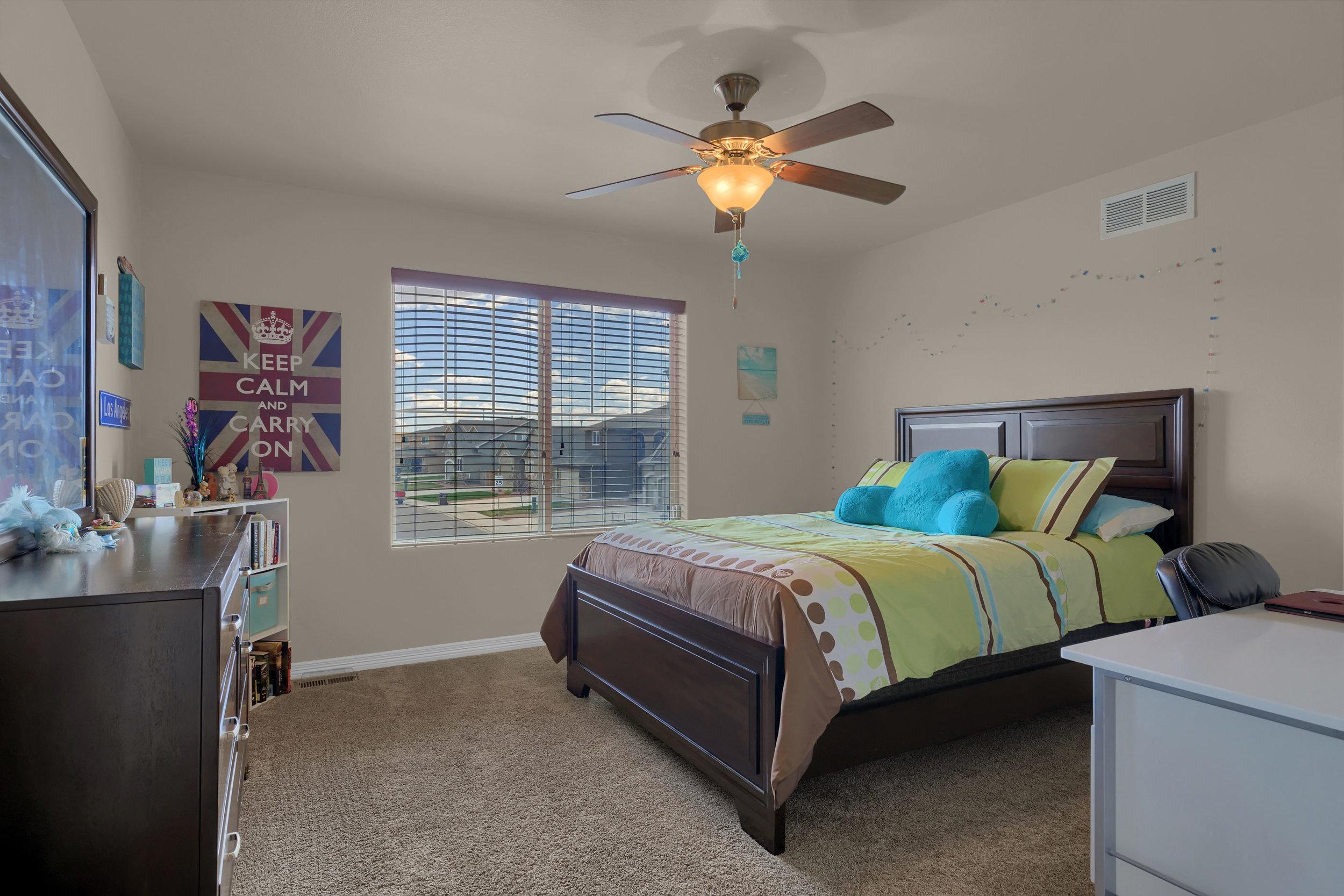 6722 Stingray Lane Colorado-print-034-31-Bedroom-2800x1867-300dpi.jpg