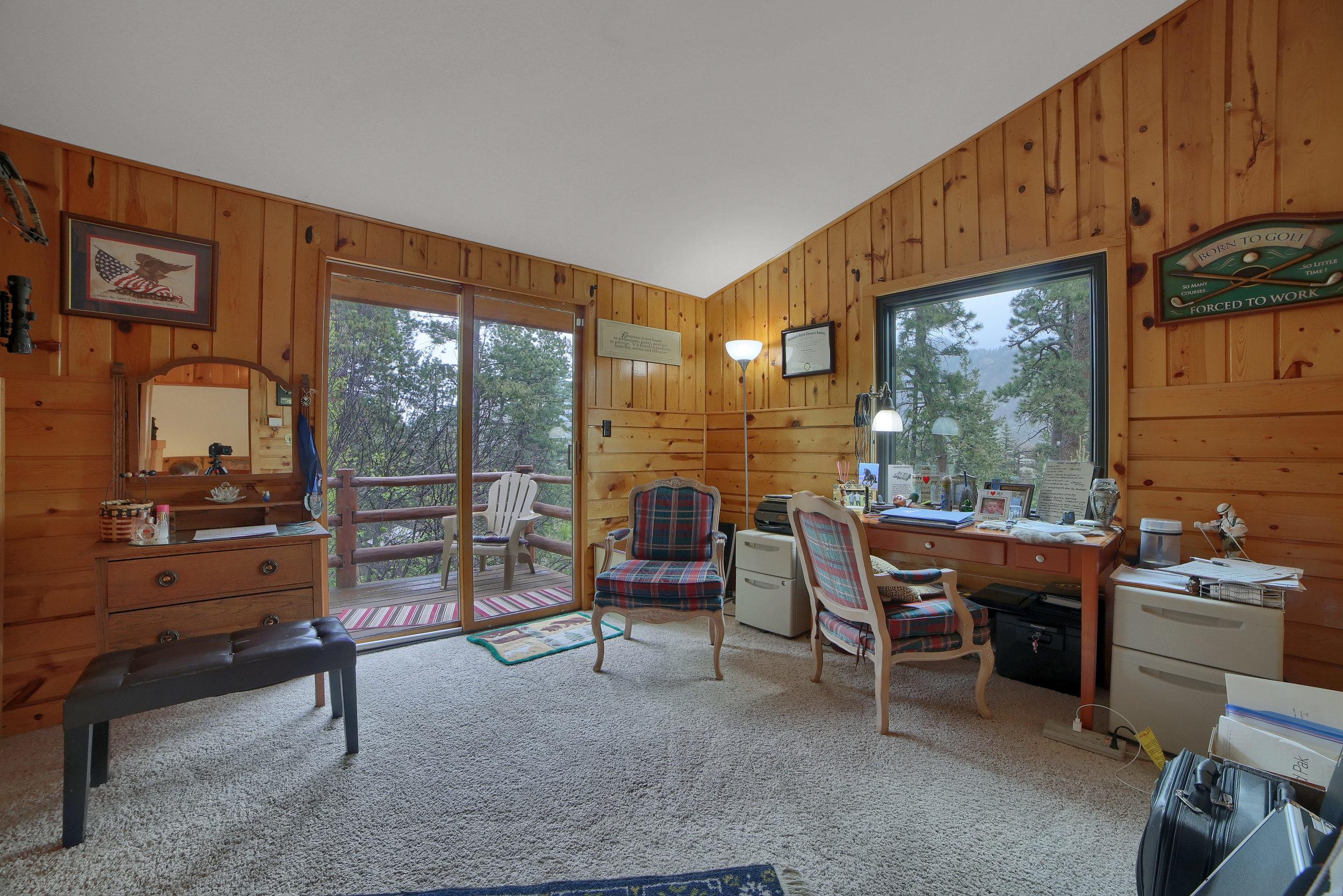 9770 Mountain Road Cascade CO-print-015-5-Bedroom-3648x2432-300dpi.jpg