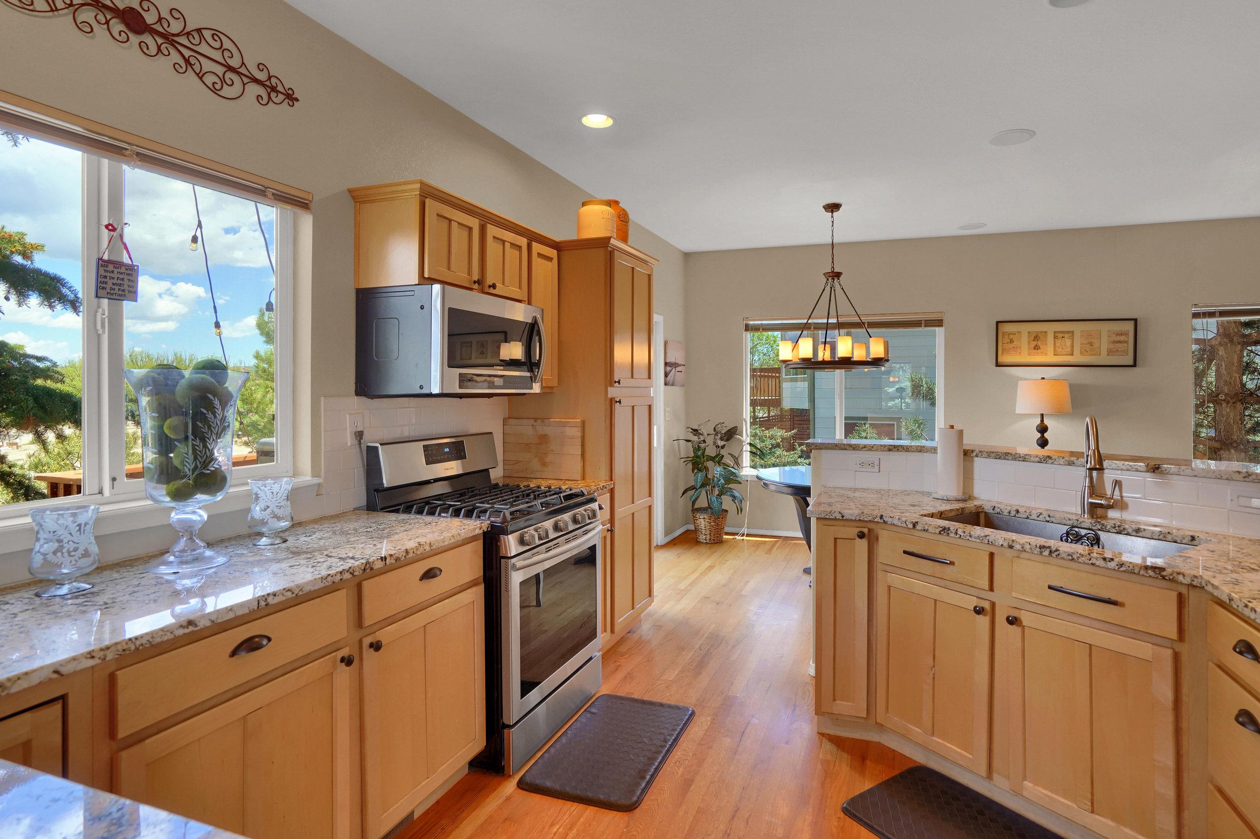 2756 Kittyhawk Road Colorado-print-005-024-Kitchen-3935x2622-300dpi.jpg