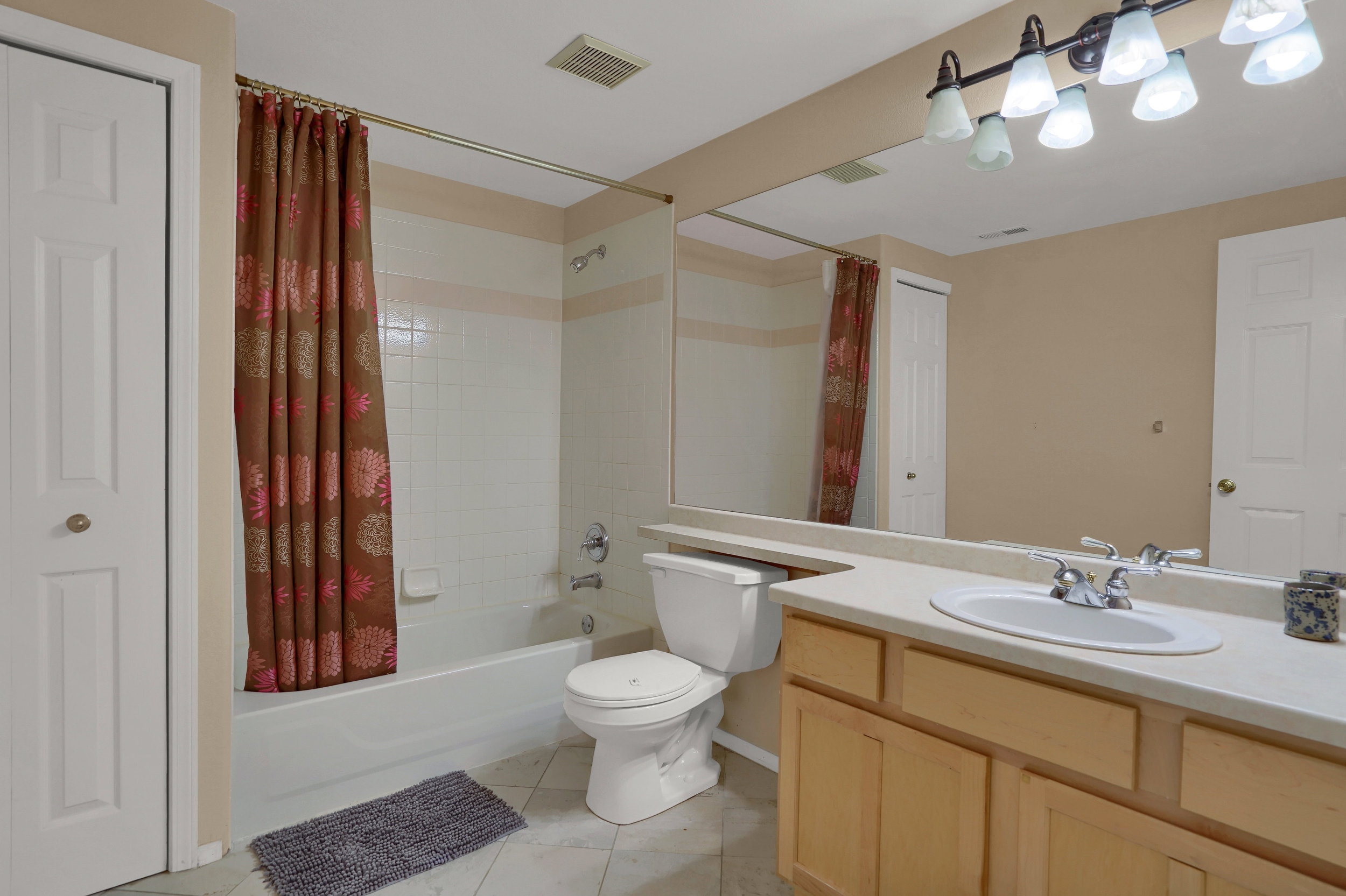 2756 Kittyhawk Road Colorado-print-027-009-Bathroom-3932x2619-300dpi.jpg