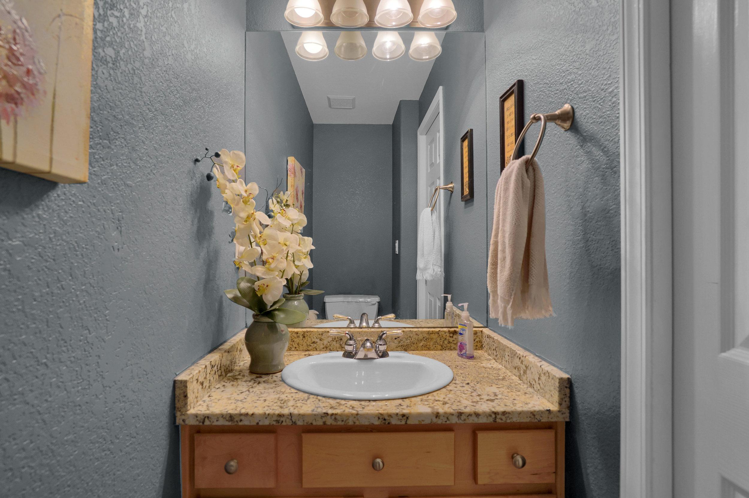 2756 Kittyhawk Road Colorado-print-033-021-Bathroom-3935x2616-300dpi.jpg