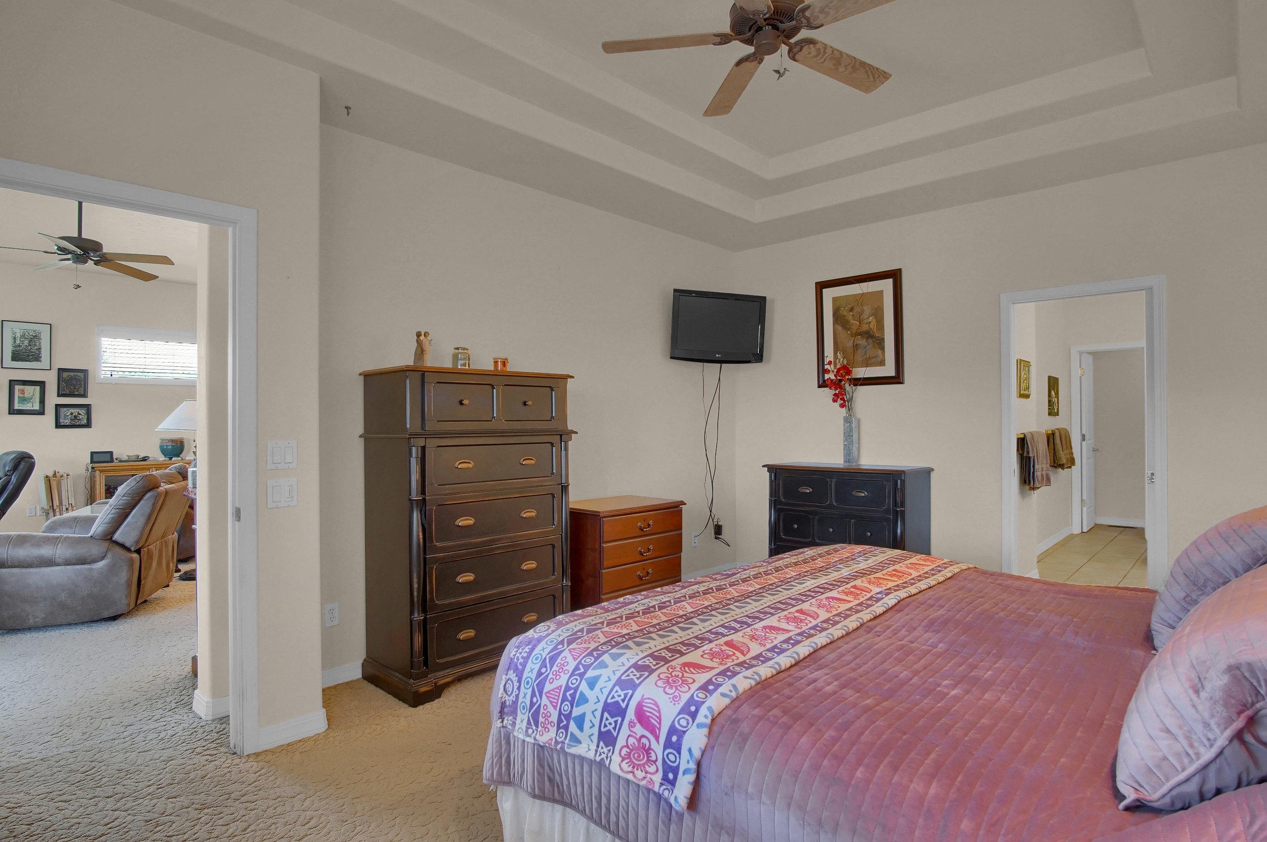 13658 Paradise Villas Grove-print-019-013-Bedroom-3008x2000-300dpi.jpg