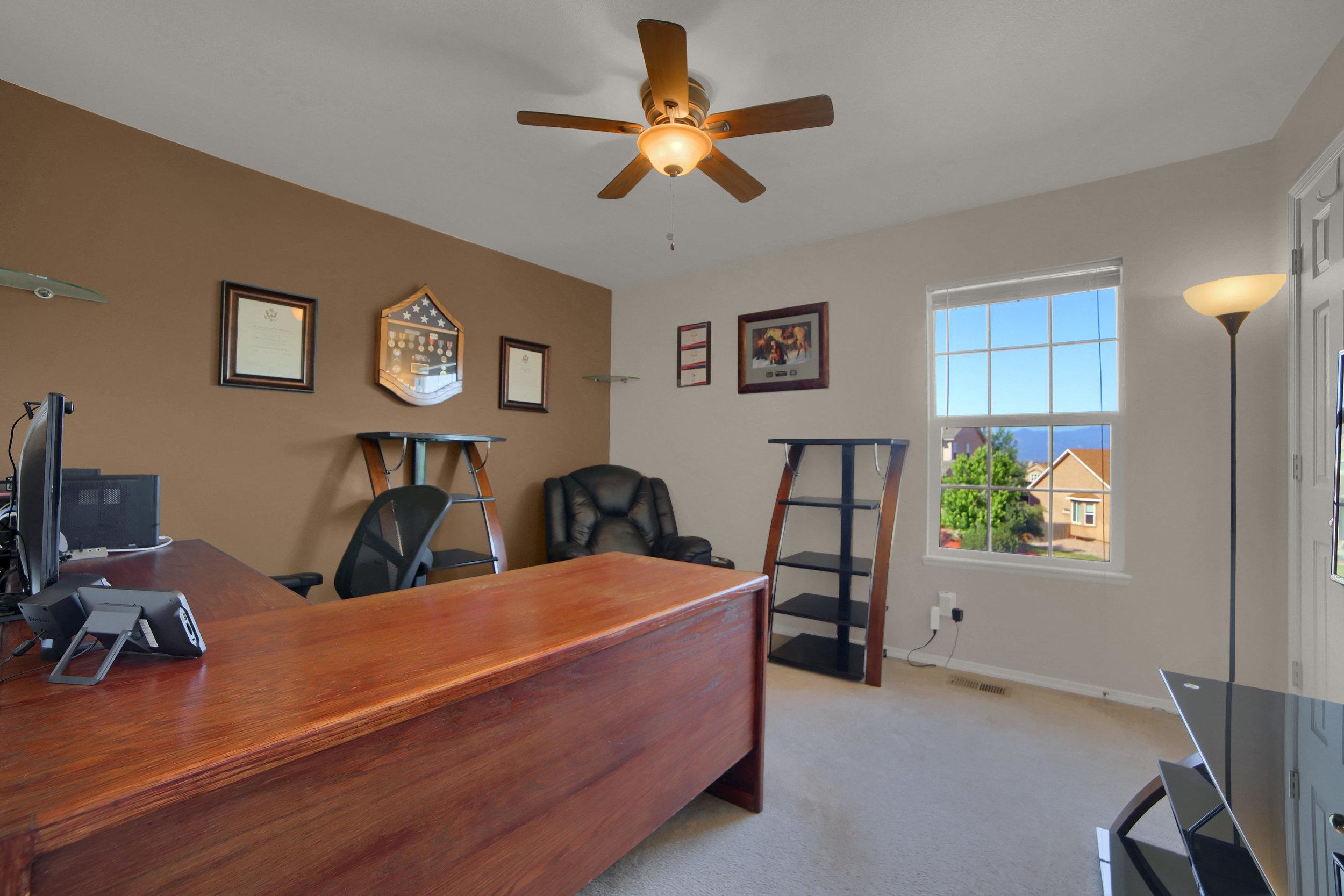 7414 Campstool Drive Colorado-print-023-022-Bedroom-3648x2432-300dpi.jpg