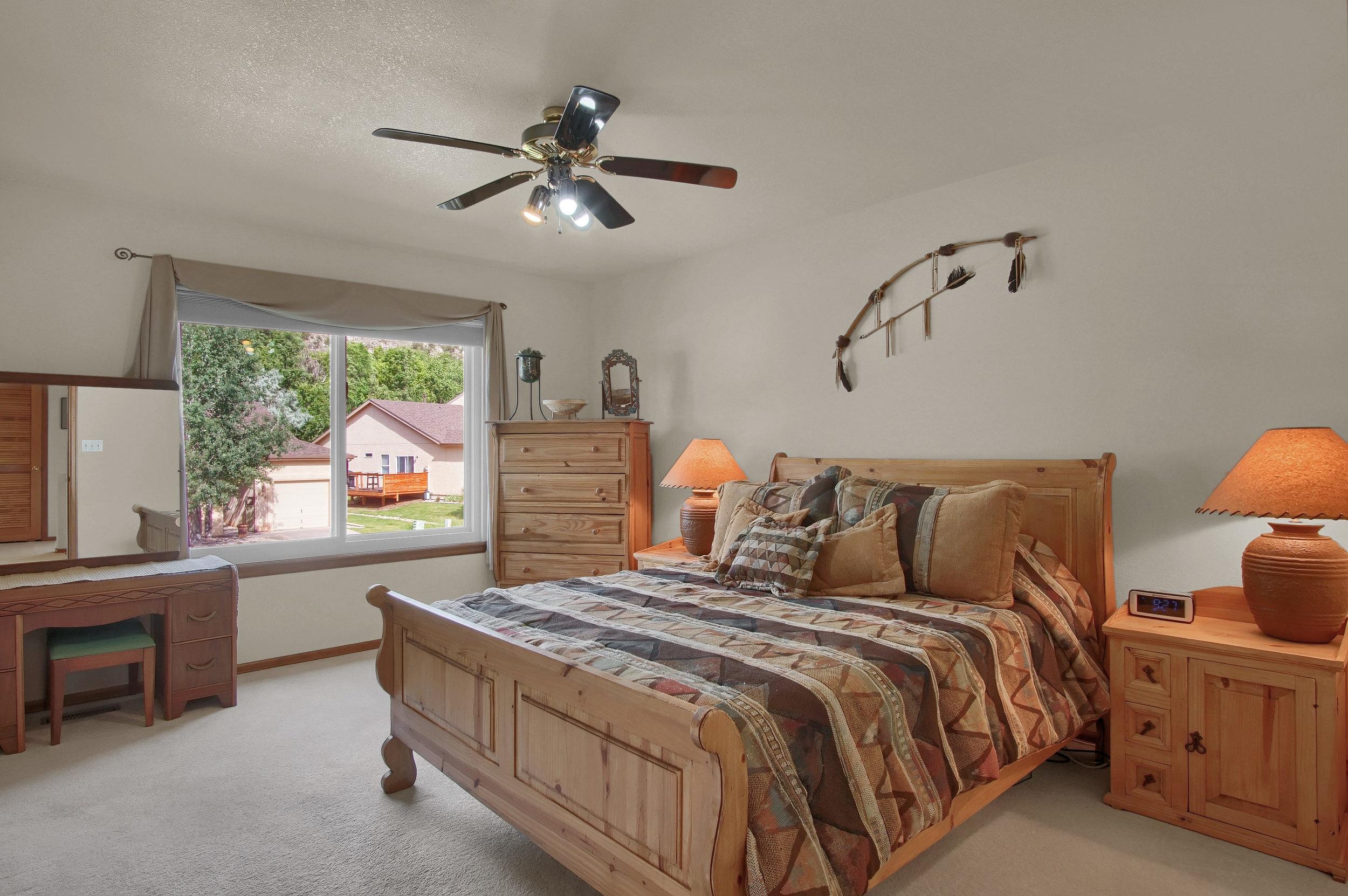 680 Echo Lane Colorado Springs-print-018-017-Bedroom-3008x2000-300dpi.jpg